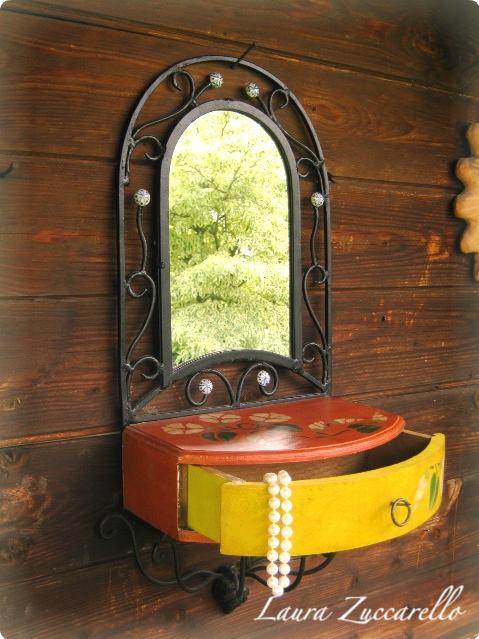 Decoranticart lo specchio in ferro battuto for Specchio in ferro battuto