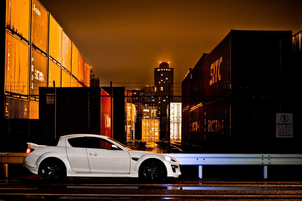 Mazda RX-8, ciekawe auta, silnik Wankla, zdjęcia robione w nocy