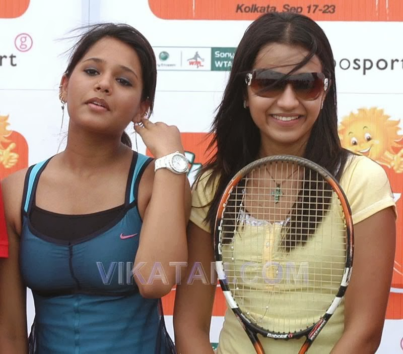 dipika pallikal sexy indial athlete 03