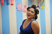 Hari Priya Sizzling Photos from Galata Movie-thumbnail-4