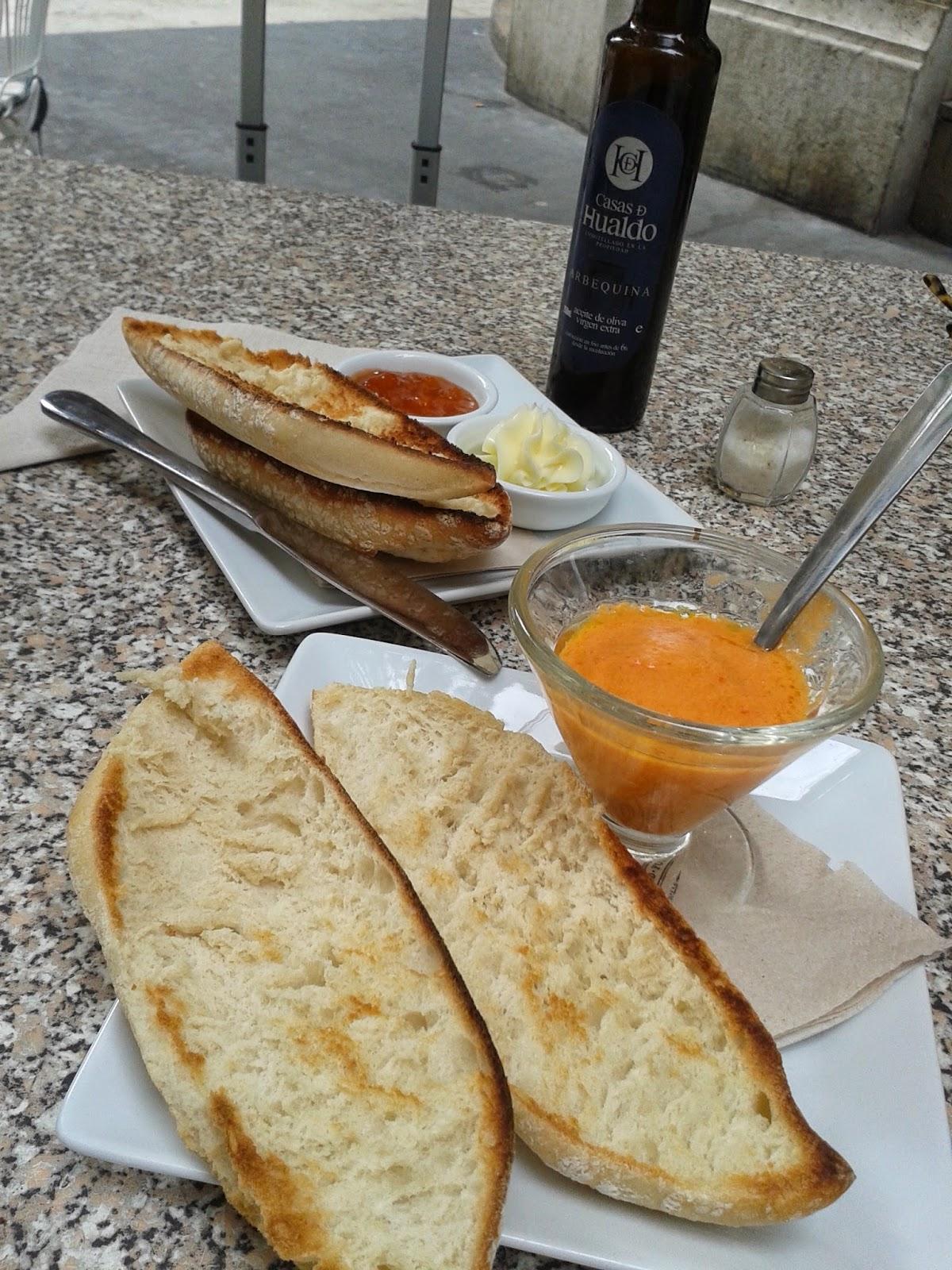 El mundo de ladymosaico desayunos cuquis for Desayuno frances tradicional