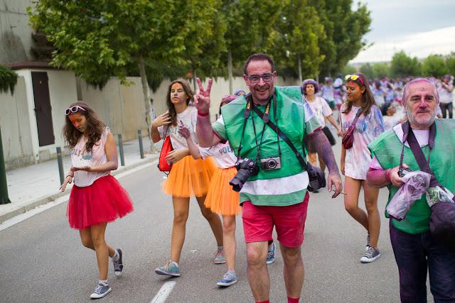 Fotográfos en la Holi Run Zaragoza 2015 - Puerto venecia