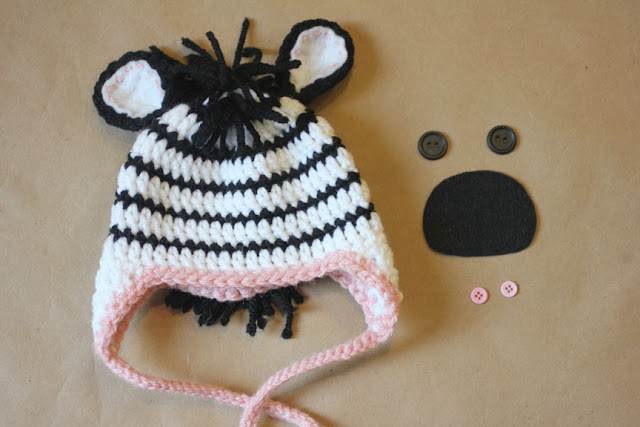 Crochet Pattern Zebra Hat : Repeat Crafter Me: Crochet Zebra Hat Pattern