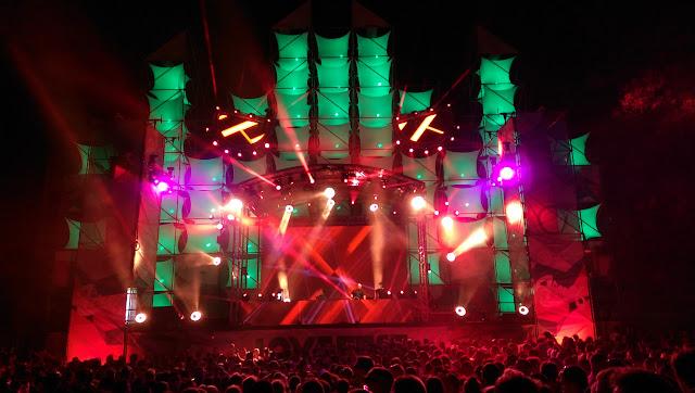 Love fest 2015 : Fantastičnih 72 sata vrhunske muzike na ostrvu ljubavi