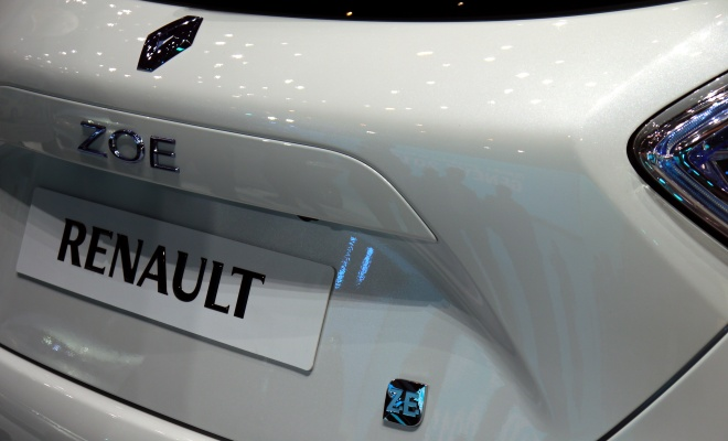Renault Zoe ZE 2012 hatchback