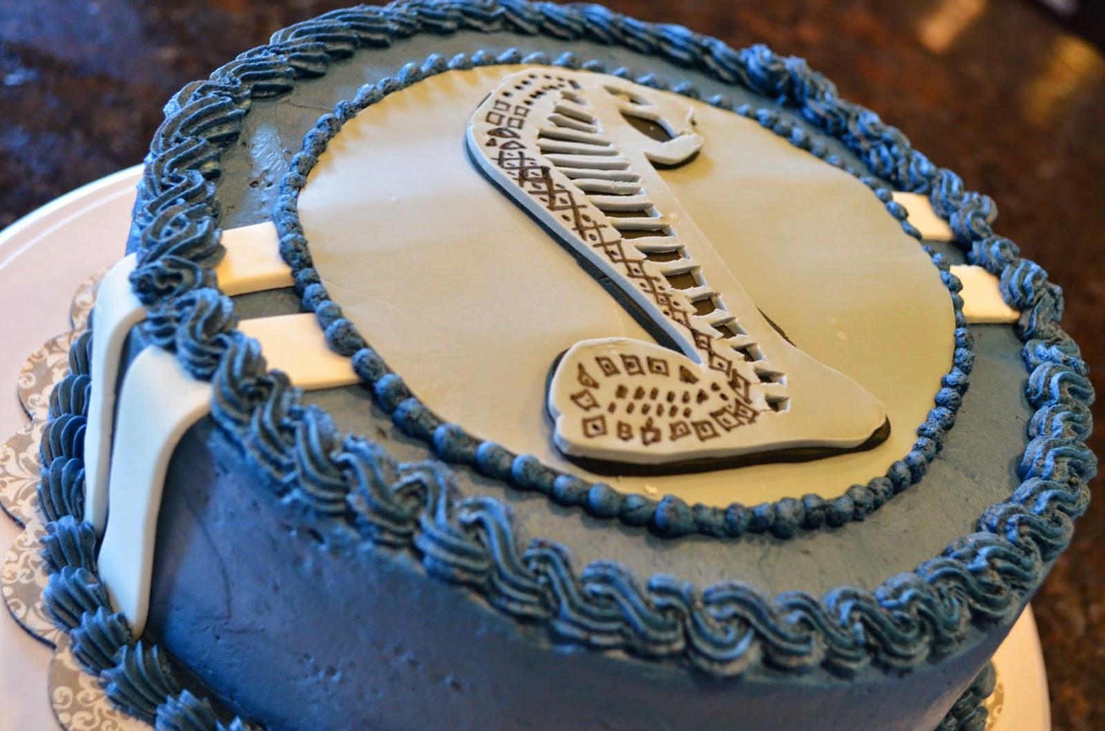 Cake Mama: Cobra Cake