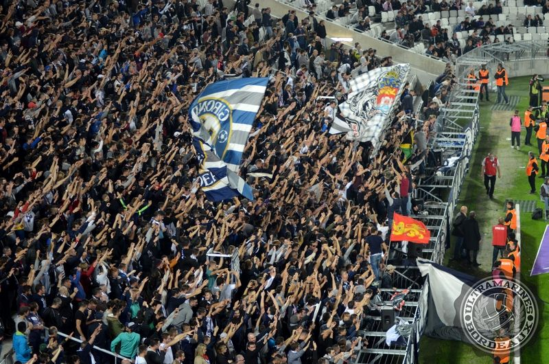 Les bouchons pourrissent la vie des supporters au nouveau stade