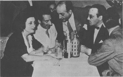 Tania, Discépolo, Juan Carlos Casas —director de RCA— y Carlos Di Sarli (1942)