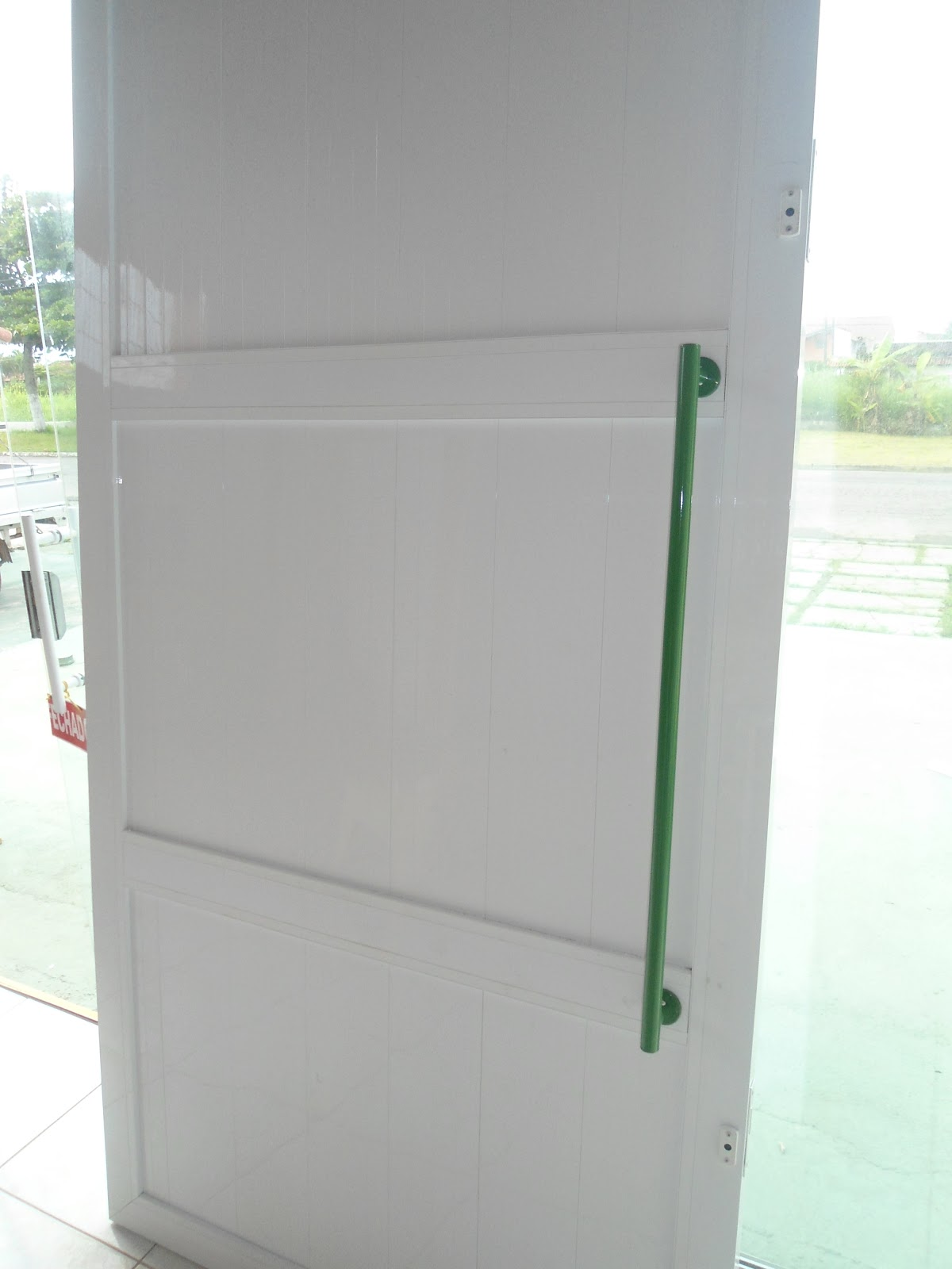 #285132 sábado 31 de março de 2012 1642 Janela De Aluminio Lavanderia