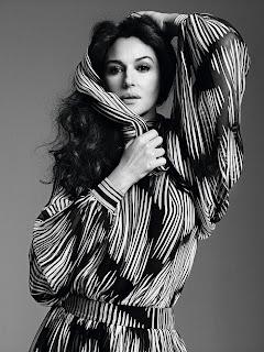Monica Bellucci black and white image