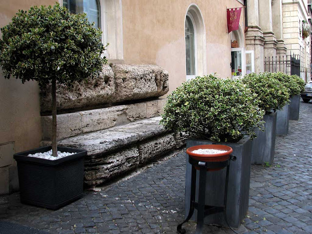 Stone bench in via Giulia, Rome