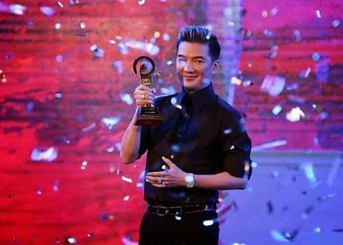 Đàm Vĩnh Hưng nhận giải Nghệ sĩ thu được nhiều quảng cáo nhất