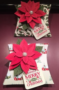 Pillow Box Gift Holder