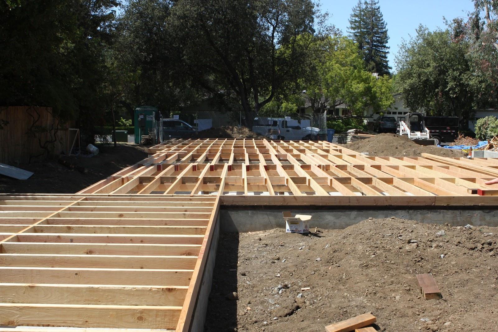 Homecrunch subfloor construction tricks to avoid a for Floor joist trusses