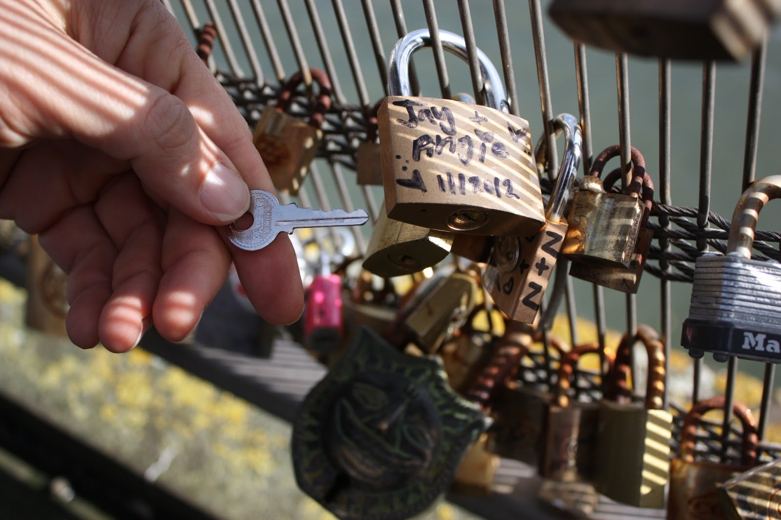 Love lock bridge paris france angie knows the truth for Love lock bridge in paris