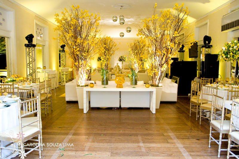 decoracao de casamento azul e amarelo simples:Hoje tem inspirações para decoração amarela aqui no blog! Alegre e
