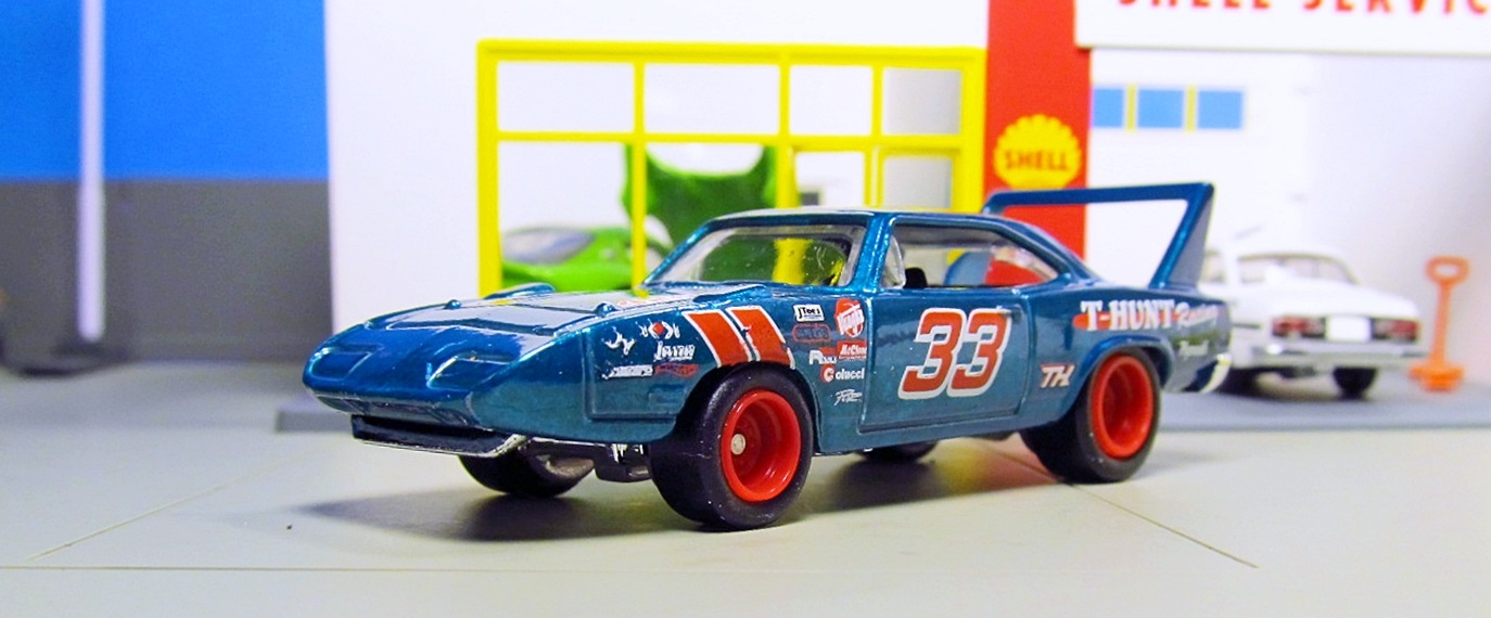 hot wheels super treasure hunt 39 70 plymouth superbird. Black Bedroom Furniture Sets. Home Design Ideas