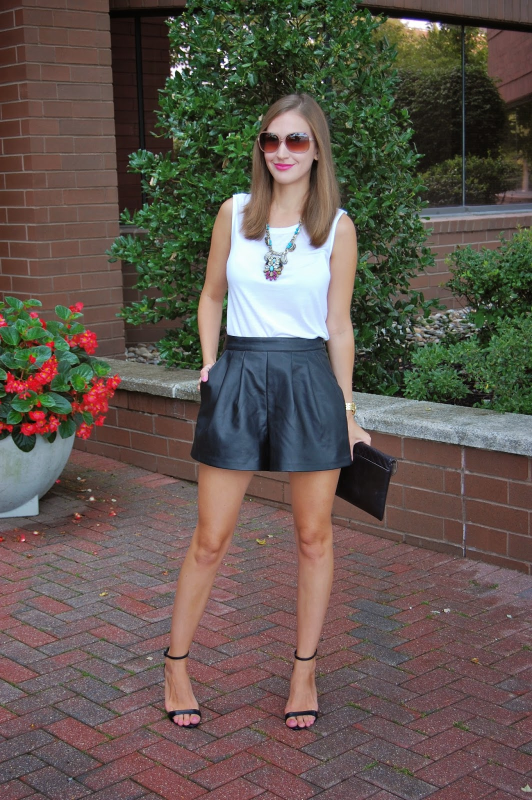 Wearing Tildon faux leather shorts, leather in summer look