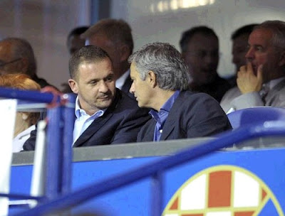 Pedja Mijatovic and Jose Mourinho watching a Cratia match