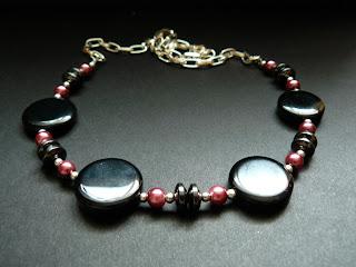 biżuteria z półfabrykatów - onyks i perły (naszyjnik)