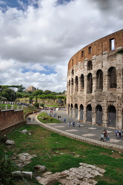 Colesseum with the Roman Forum in the background