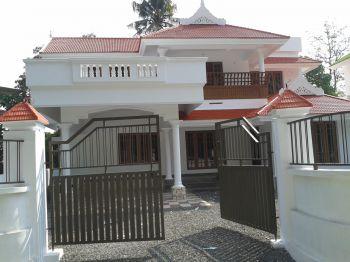 Kerala Gate Designs: Another Simple Gate in Kerala