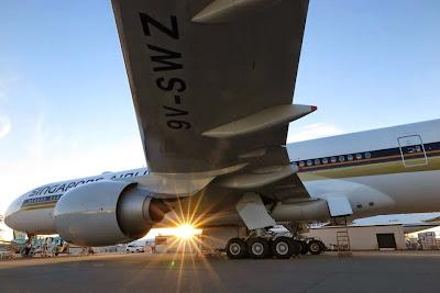 utasszállító repülőgép, Singapore Airlines, leállt hajtómű, utasszállító repülőgép, Singapore Airlines - incident