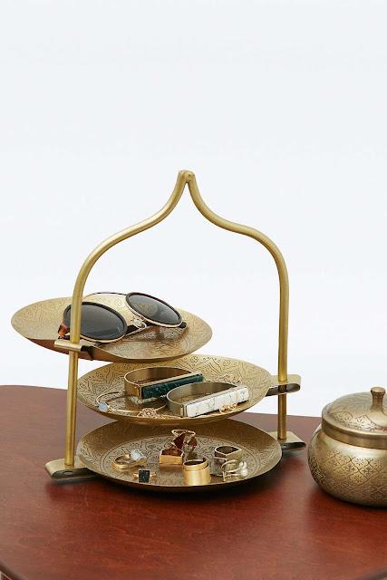 Présentoir à bijoux Aladdin - 55€ - Urban Outfitters