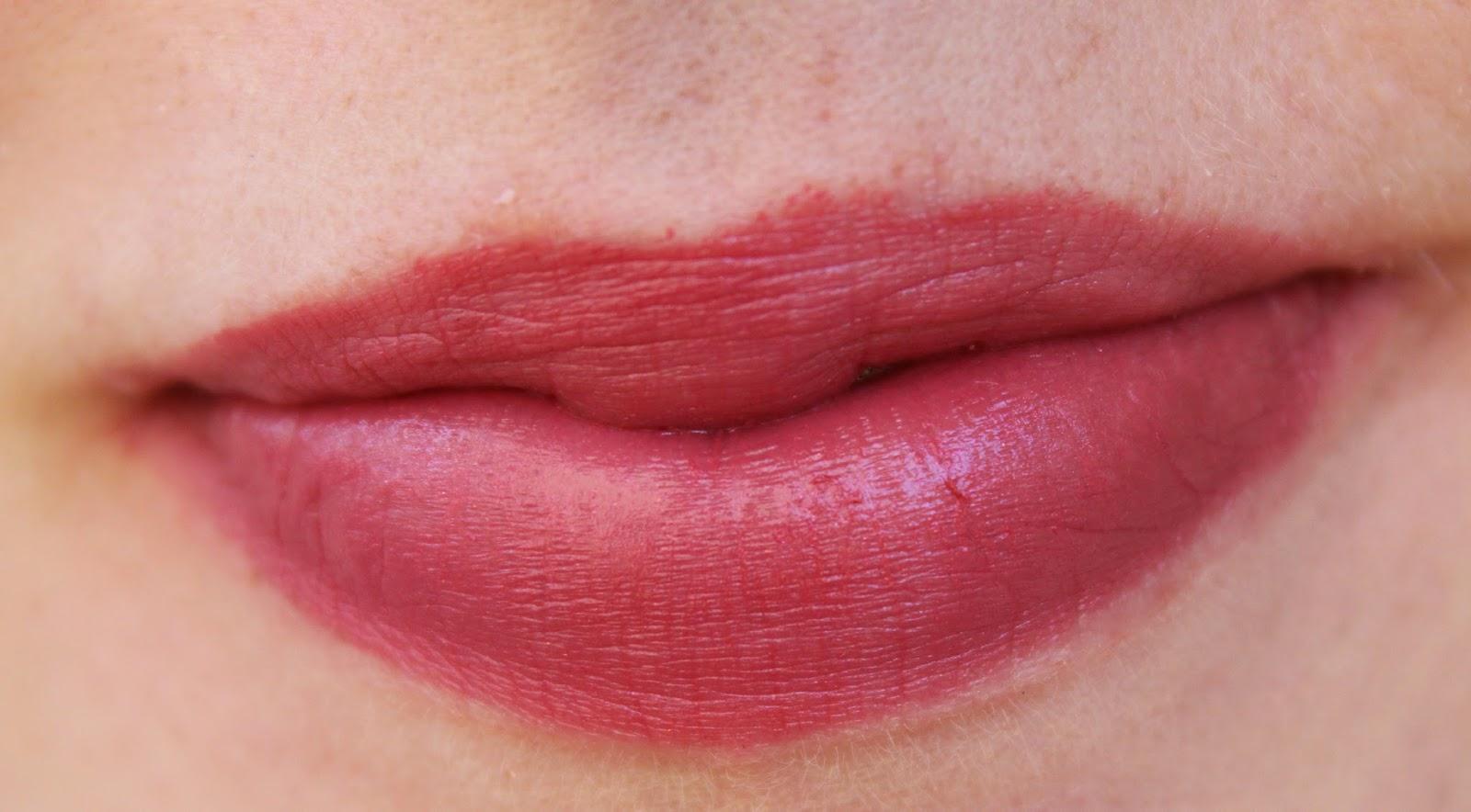 Revlon Ultra Hd Lipstick Primrose Daftar Harga Terkini Dan No840 Pointsettia 835
