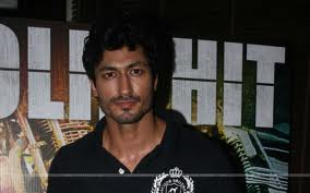 Vidyut-Jamwal-Bollywood-Actor-pics-7