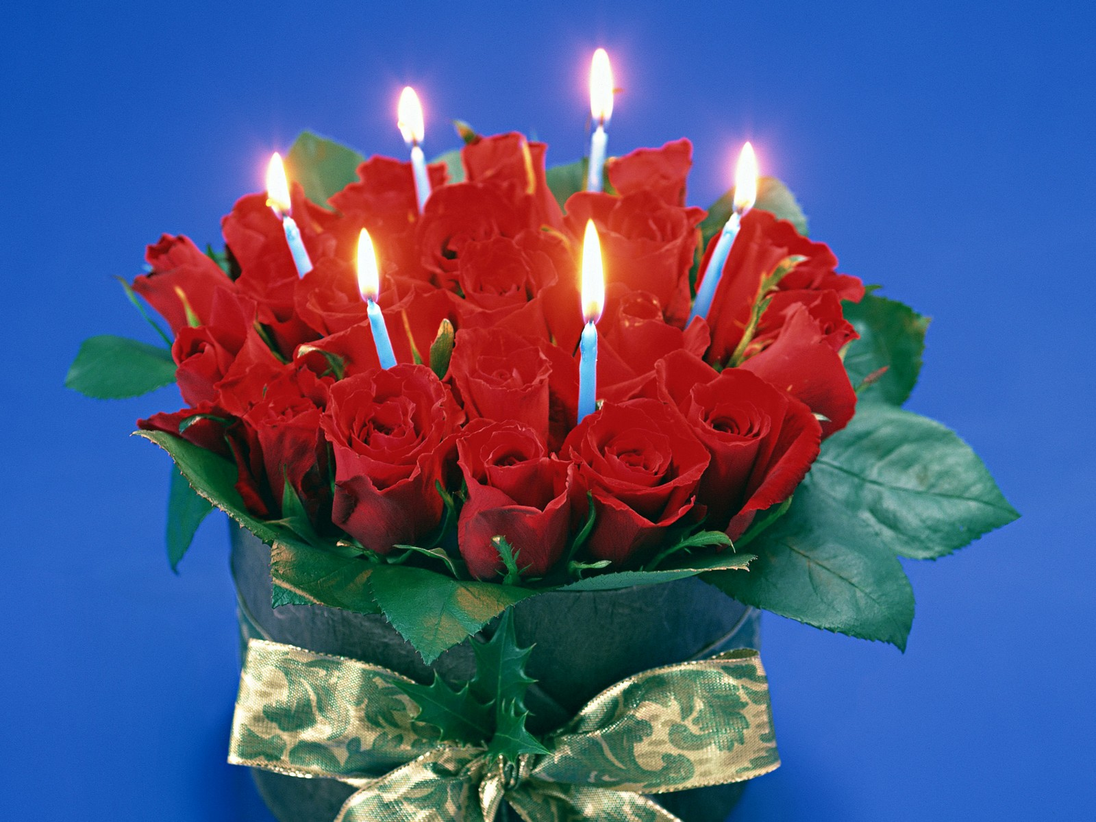 Candle Light Red Rose Flower Wallpaper