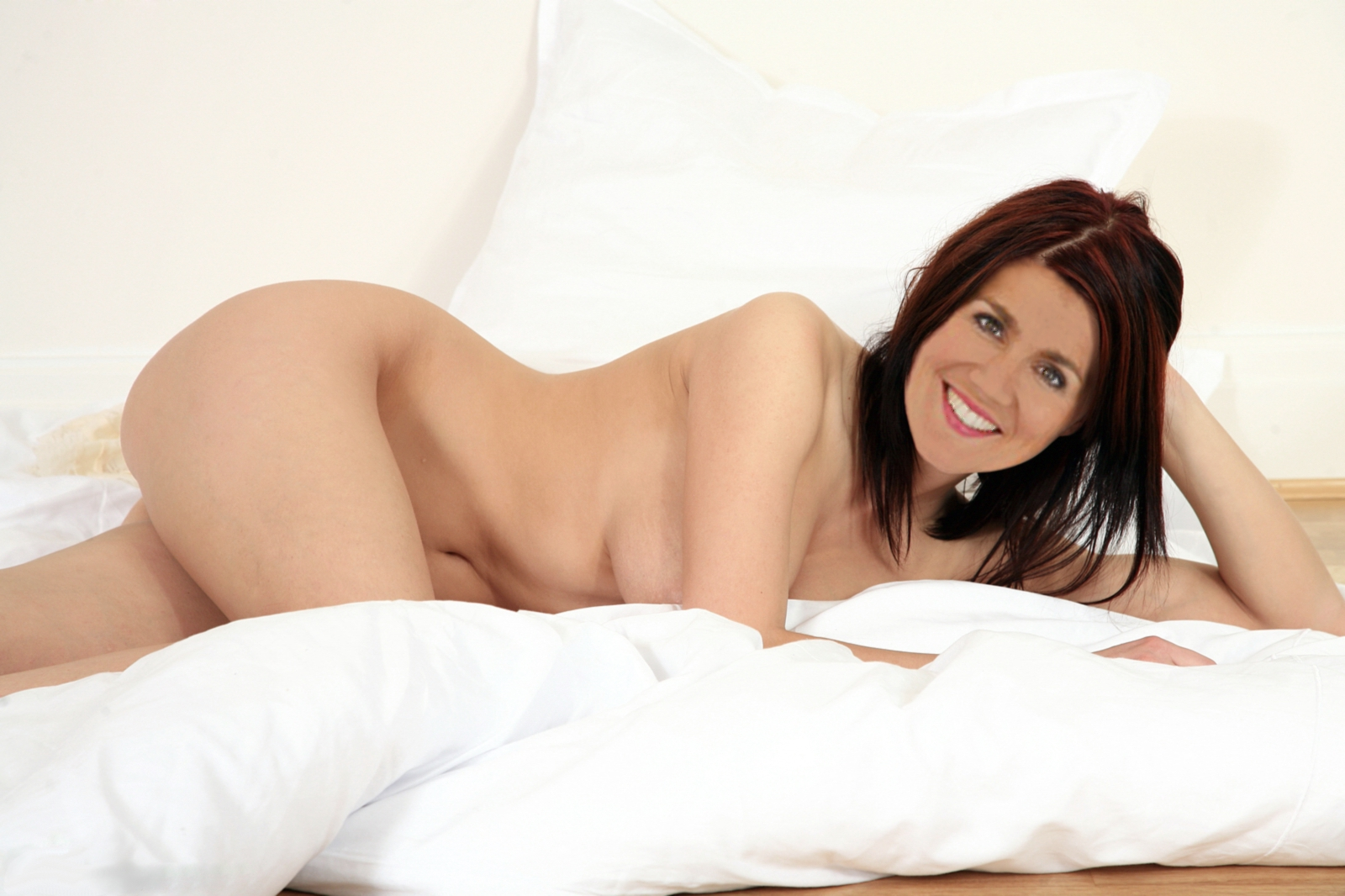 Mature naked pussy video