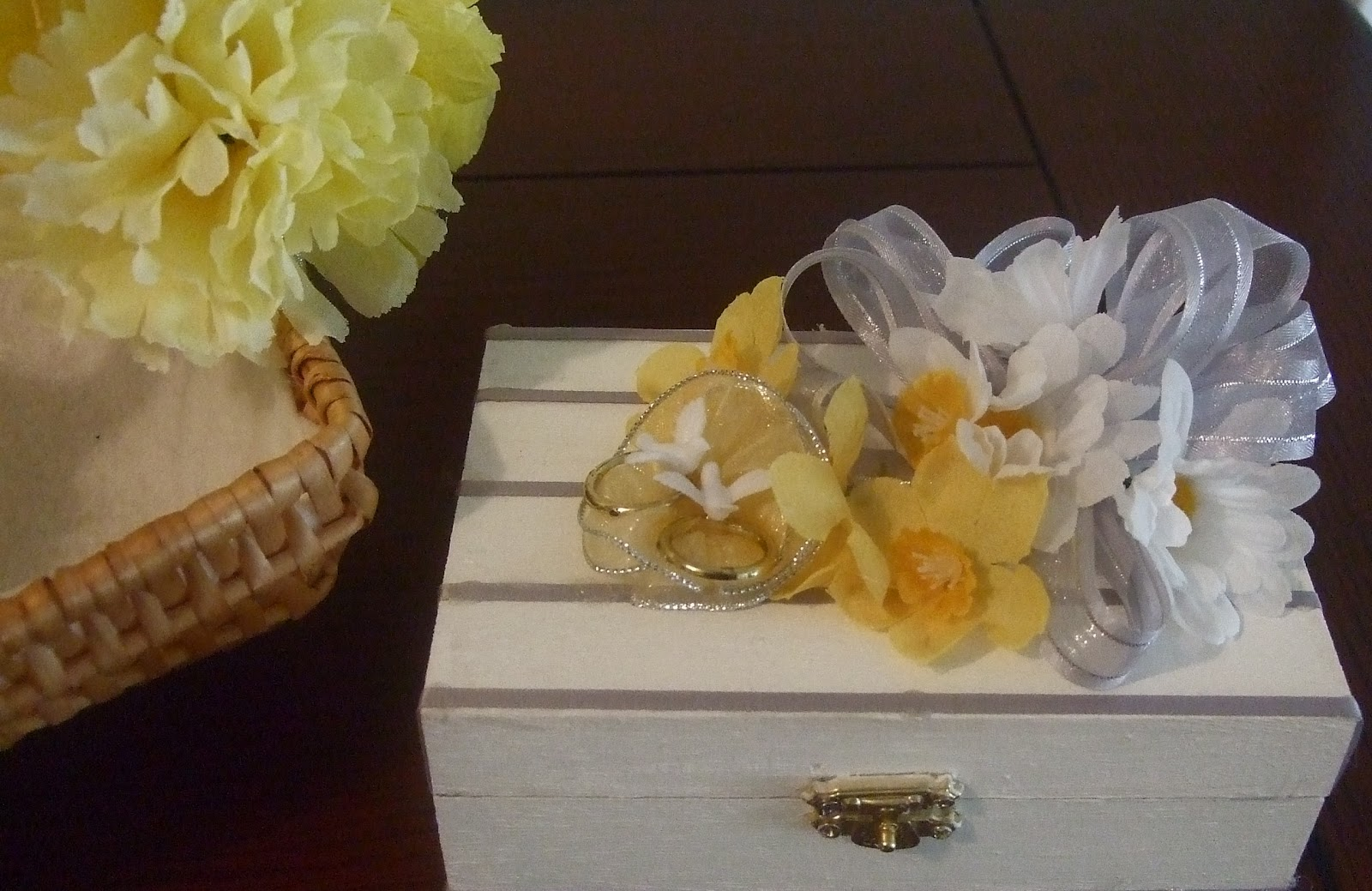 How To Make A Flower Girl Basket : Ana silk flowers how to make wedding ring chest box and