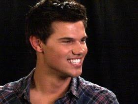 Taylor Lautner - Página 43 281x211