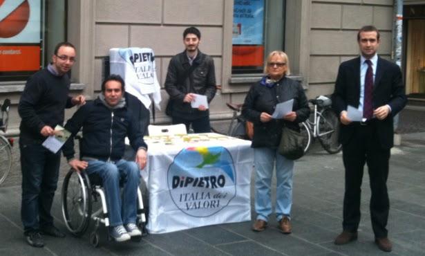 06 04 2012 banchetto in largo battisti per dire no all - Aliquota imu napoli ...