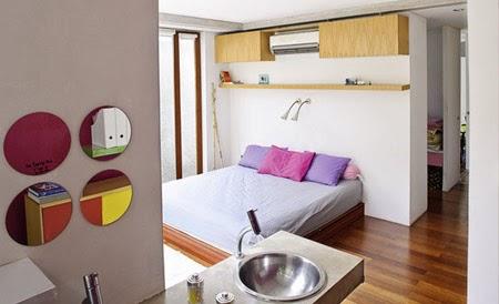 Rumah kiri-konsep-desain-bangunan-rumah-modern-fasad-putih-011