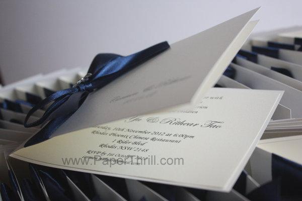 Royal blue flower daisy ribbon wedding invitation card