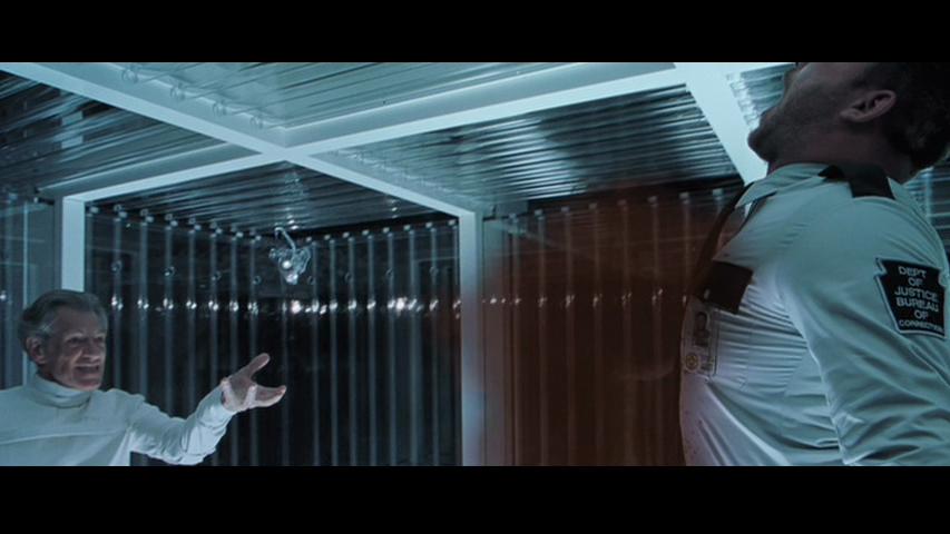 [Image: X2-Magneto-Ian-McKellen-Ty-Olsson-blood.png]
