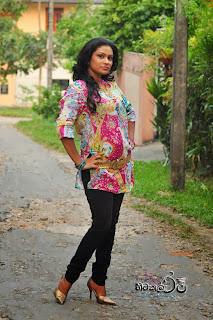 Muthu Tharanga jeans