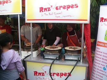 Rnz Crepes di Pasar Kaget GDC Depok