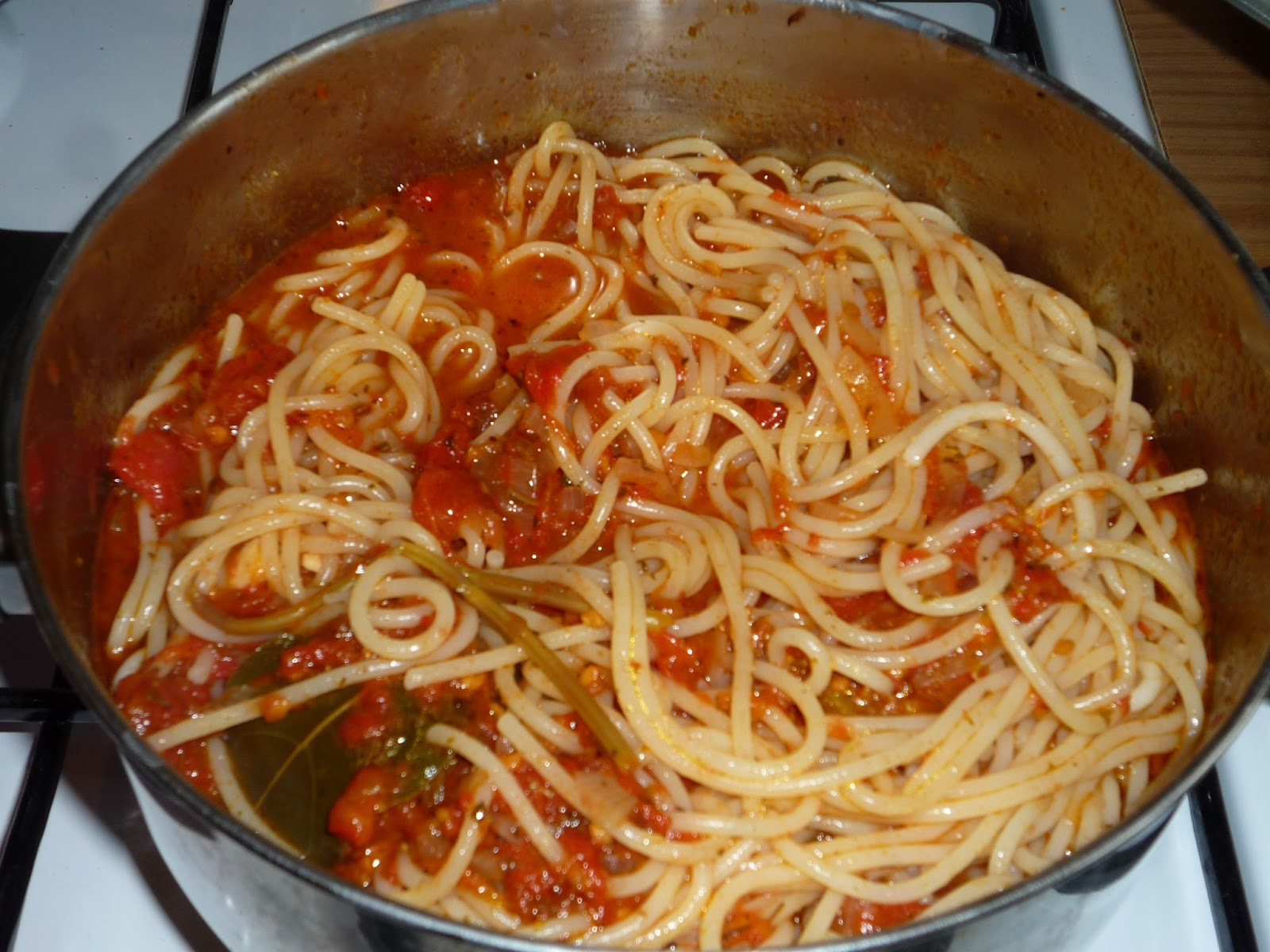 Паста для макарон с фаршем и помидорами рецепт пошагово