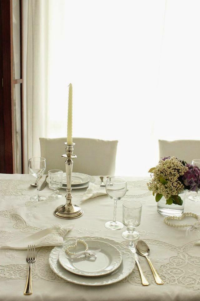 Tra sogni e realt shabby chic tavola total white for Differenza tra stile provenzale e shabby chic