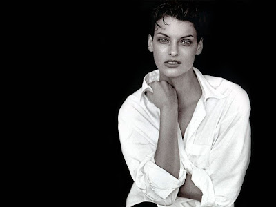 Linda Evangelista Photos