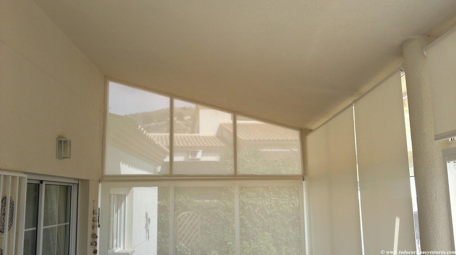 Decoracion interior cortinas verticales estores - Estores enrollables motorizados ...