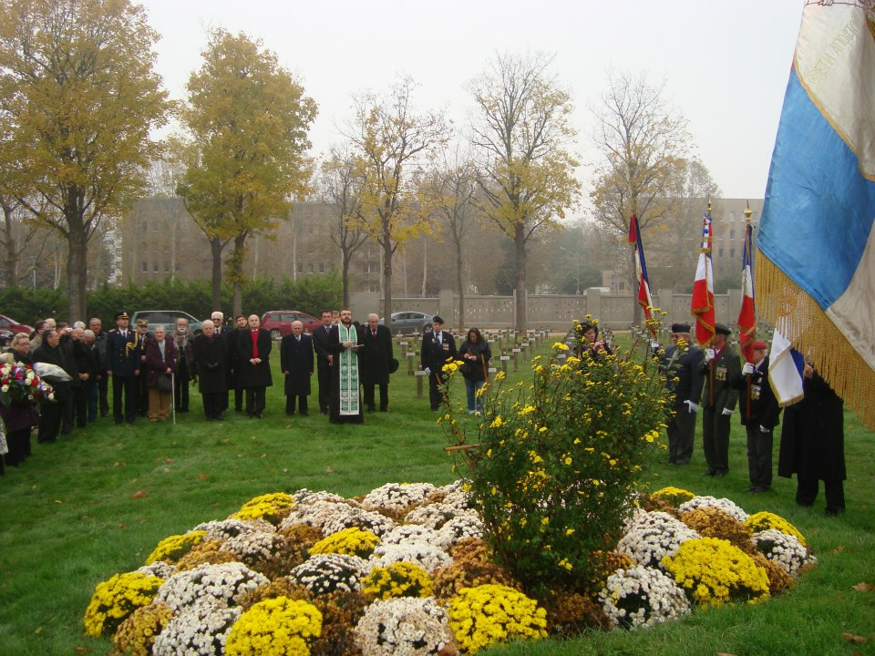 Thiais France  city images : ... Parisian Cemetery of Thiais in France, Armistice Day November 11, 2012