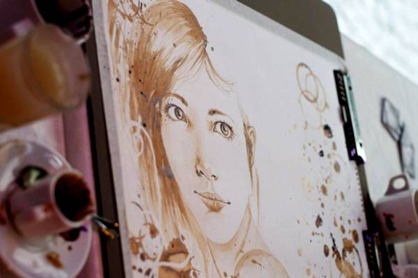 الرسم بمشروب القهوة Coffee Paintings image027-790491.jpg