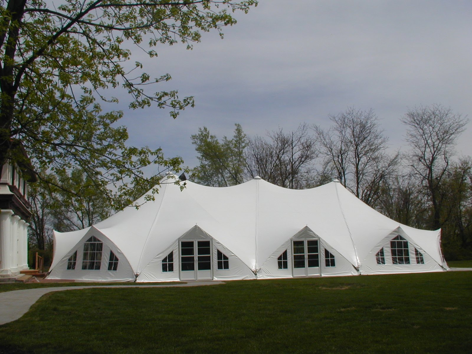 Unique wedding ideas: Types of Wedding Tents