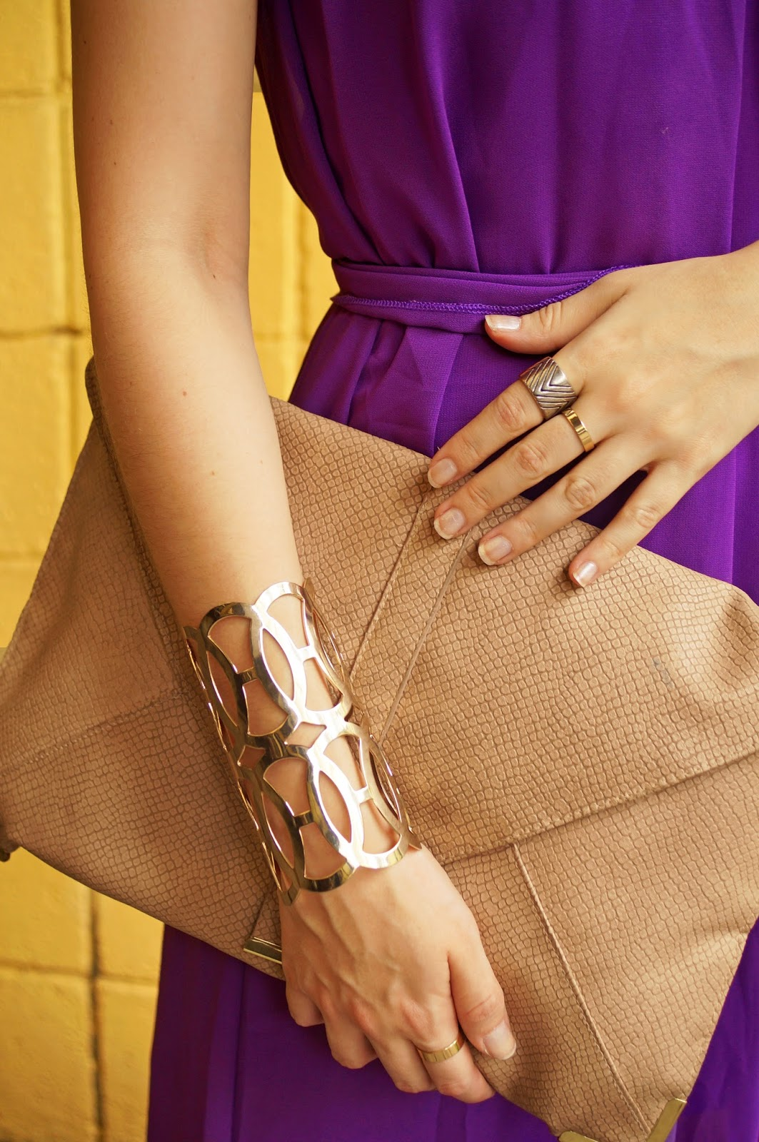 Add bold jewelry to a simple outfit to add pizazz!