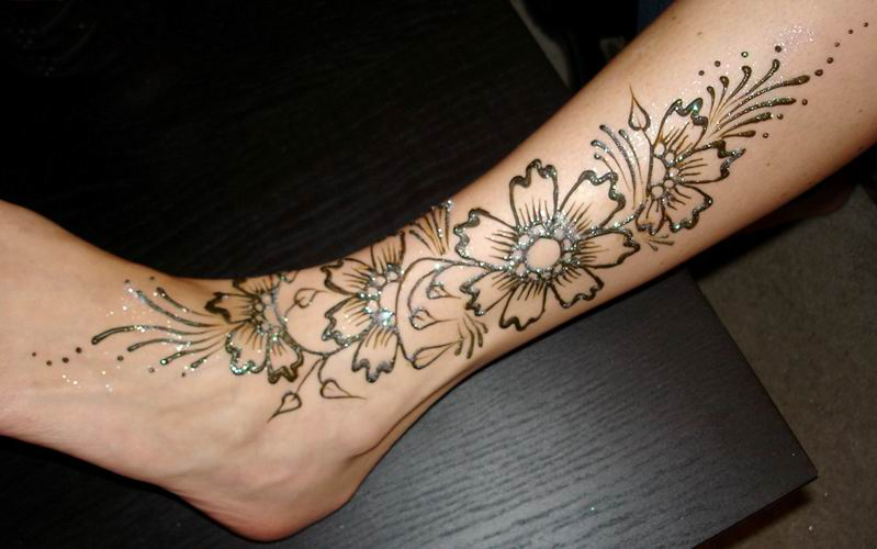 Mehndi Legs Images : Everything for women fashion legs mehndi designs make your