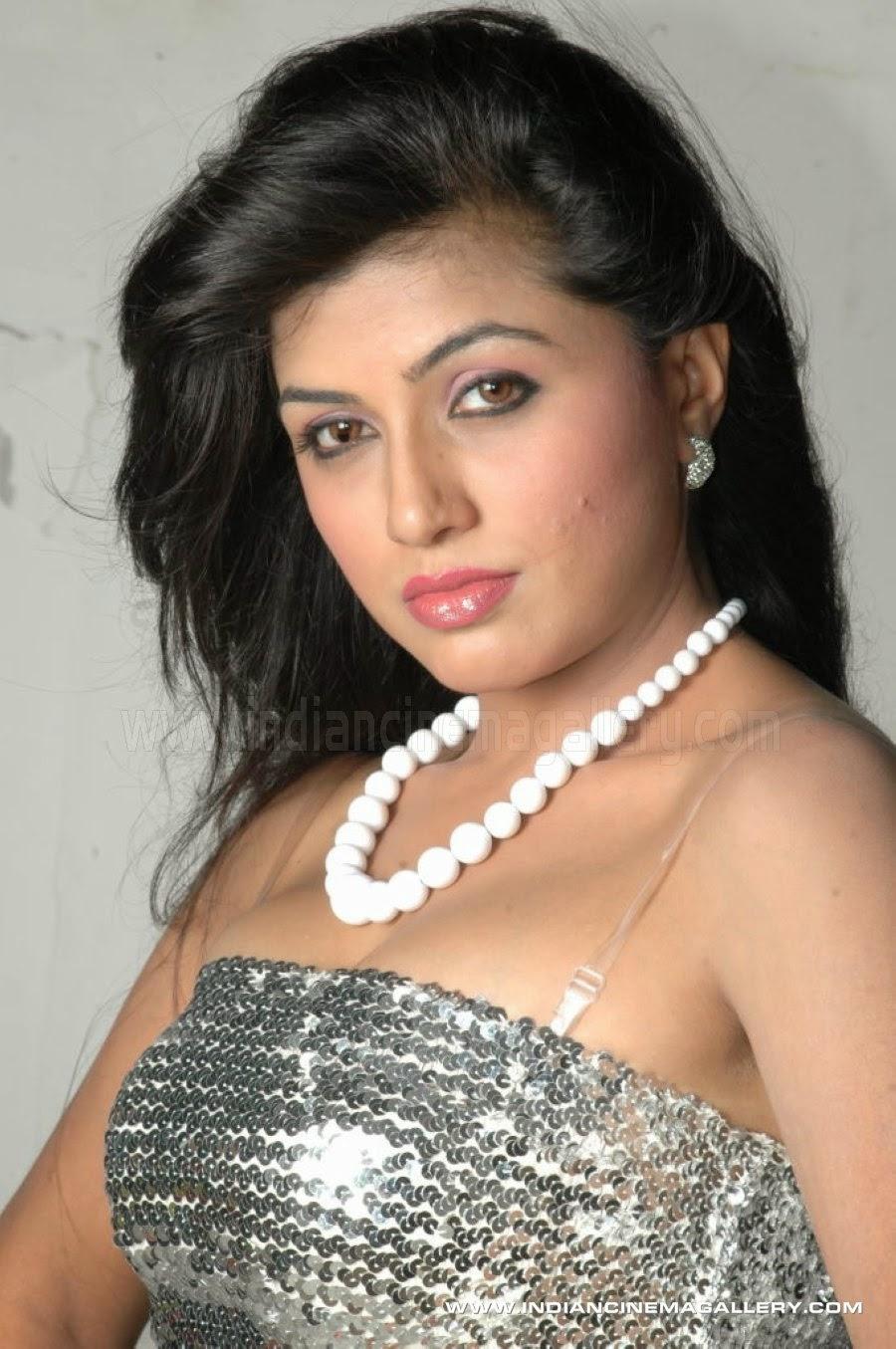 Priya rai mommy got boobs